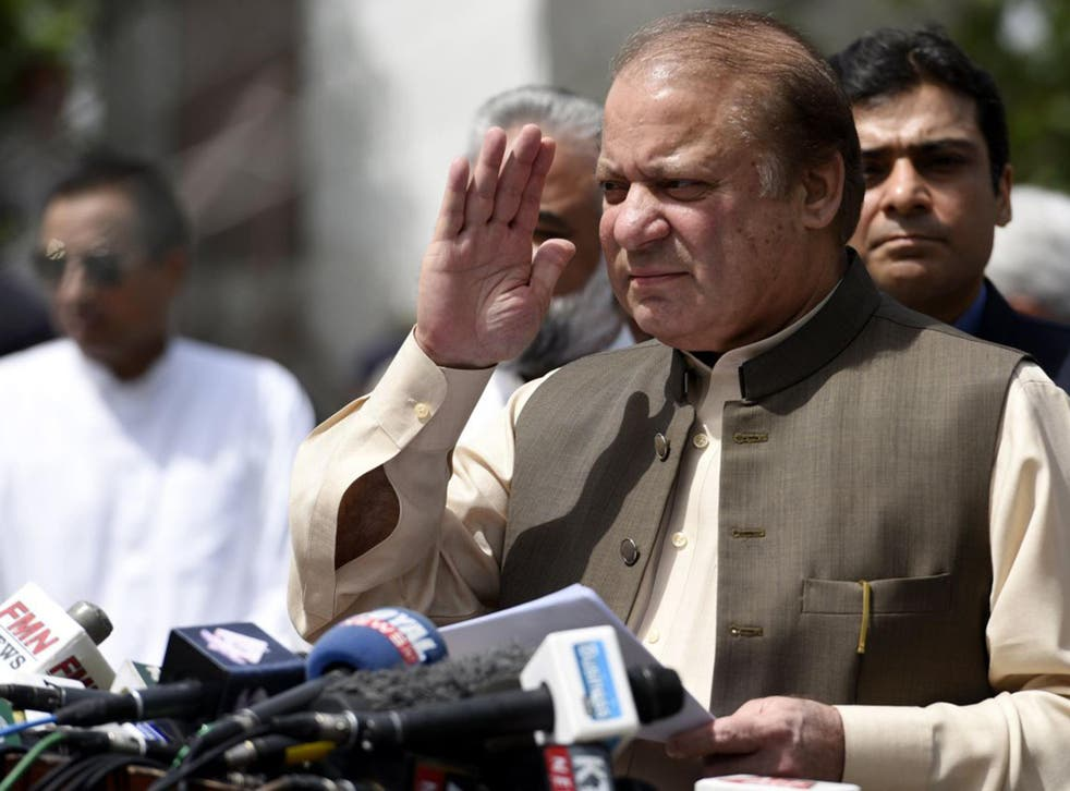 Nawaz Sharif talking to journalists after appearing before an investigation team formed by the Supreme Court of Pakistan