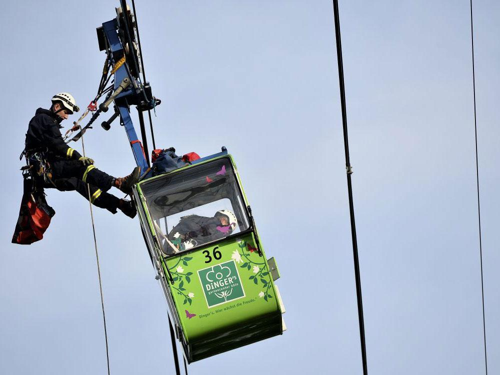 Cable Car Drink: Dozens Rescued After Cable Cars Collide Over River Rhine