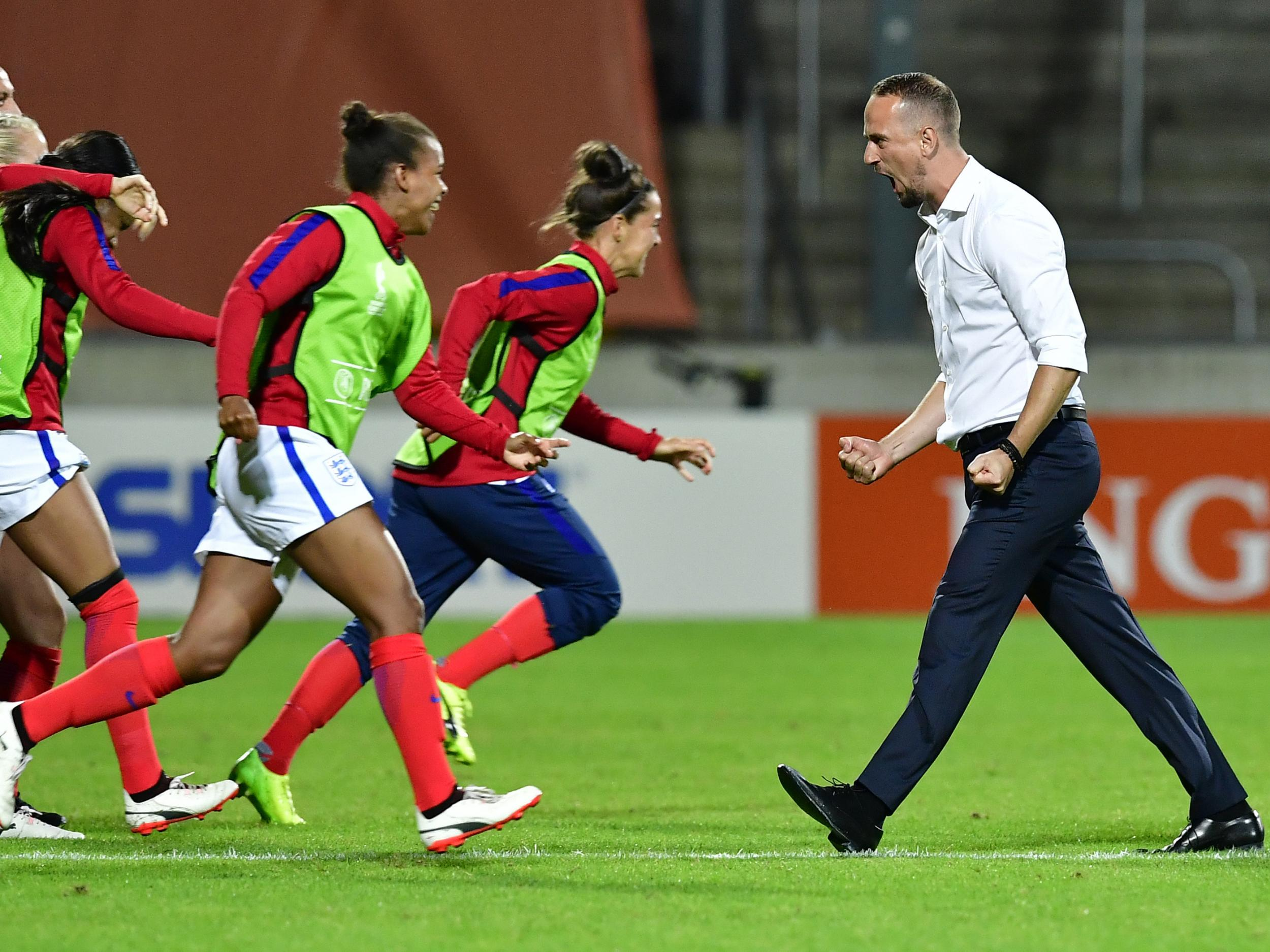 Mark Sampson rejects suggestions England are now favourites for Women's Euro 2017 after France victory
