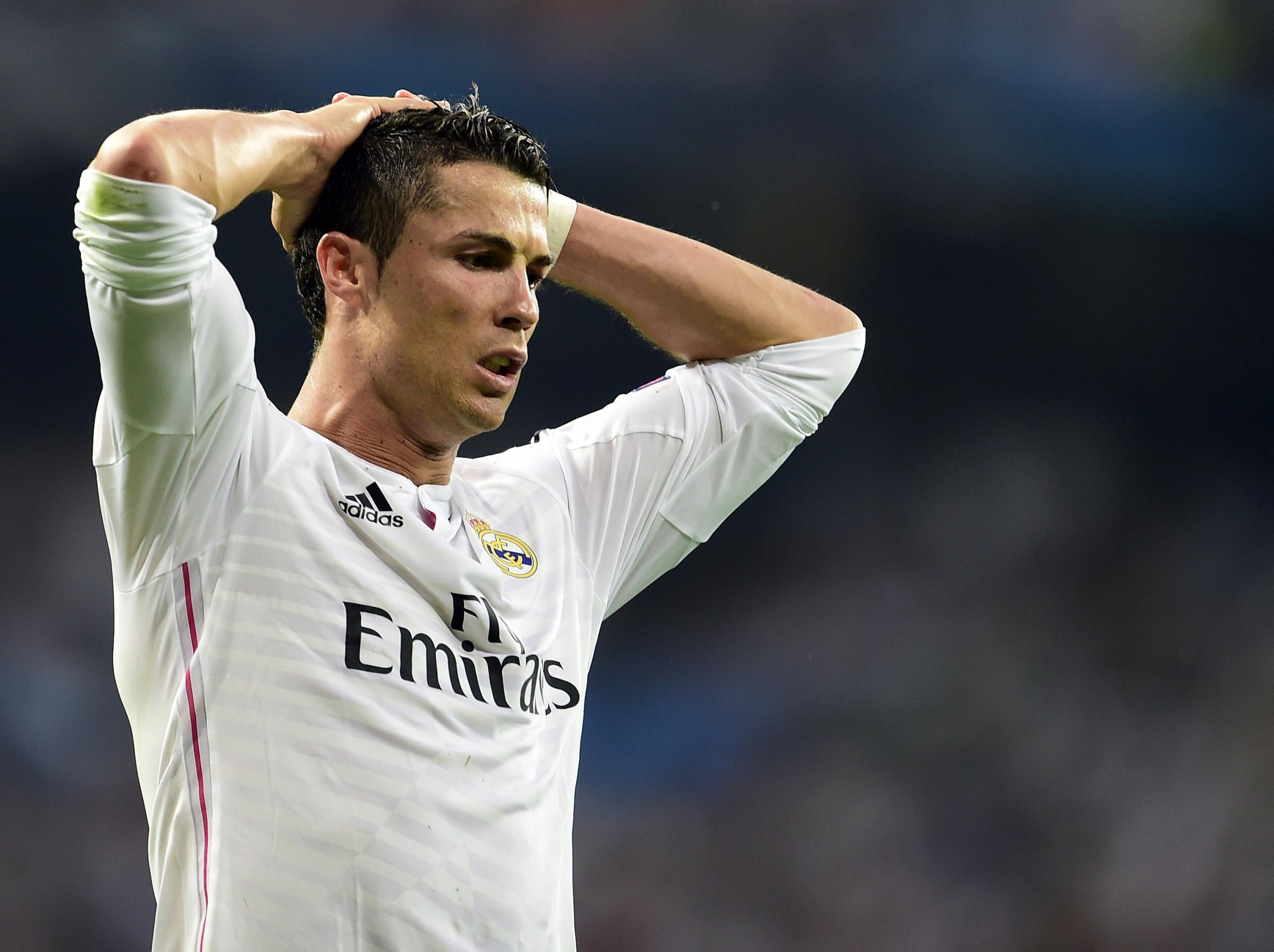 Real Madrid s Cristiano Ronaldo sparks fresh Manchester United