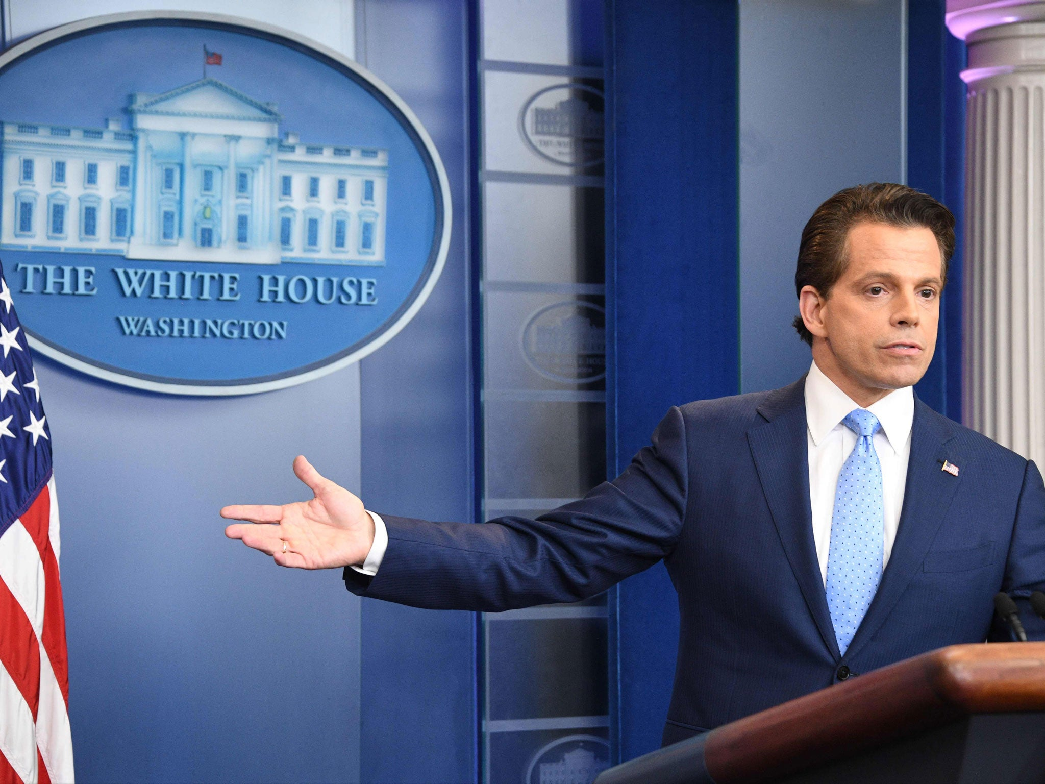 'Trump would literally like to wall off America from the rest of the world': Former aide Scaramucci warns president will stop at nothing to be re-elected thumbnail