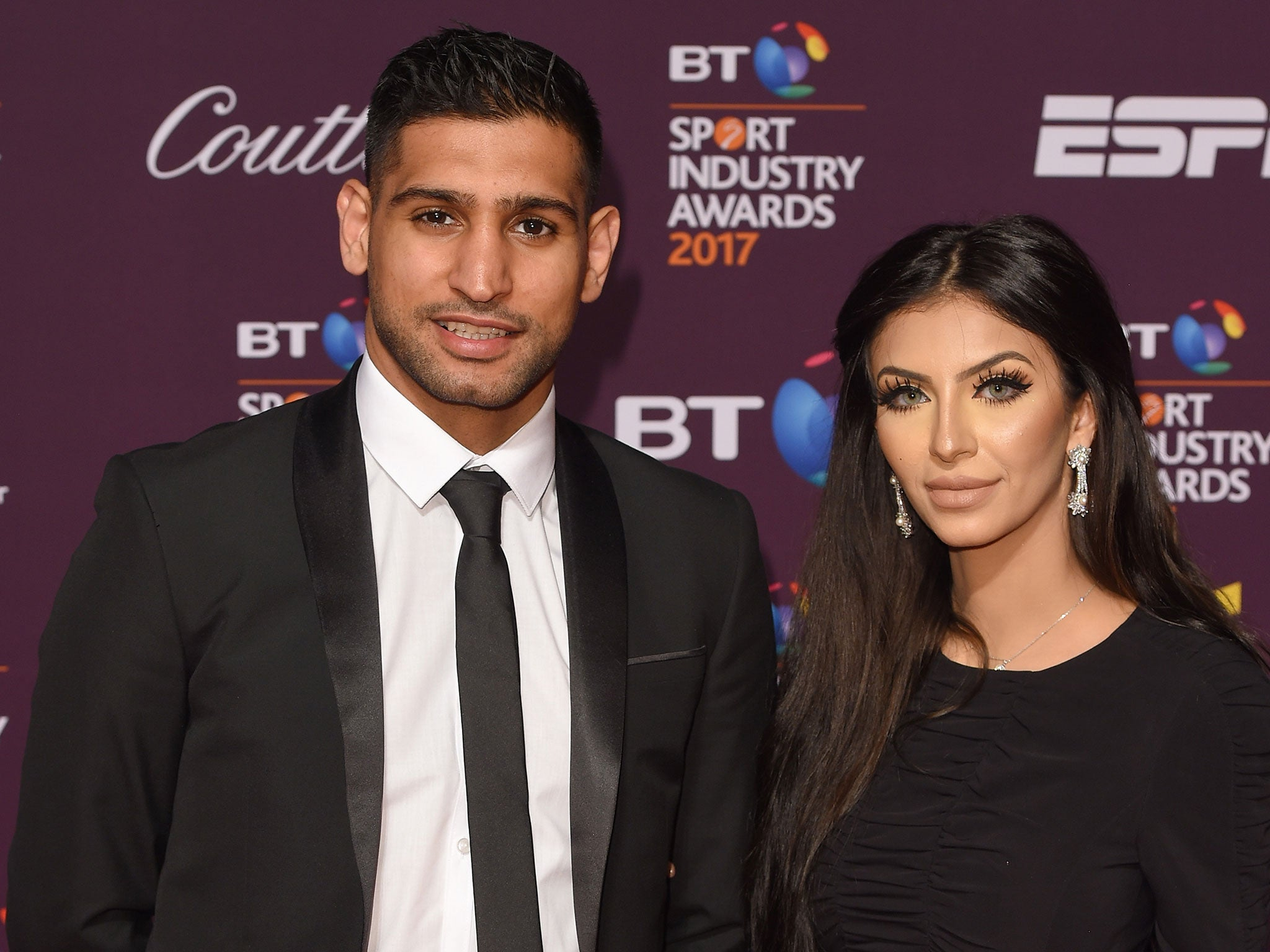 Anthony Joshua responds to Amir Khan after being accused of having a