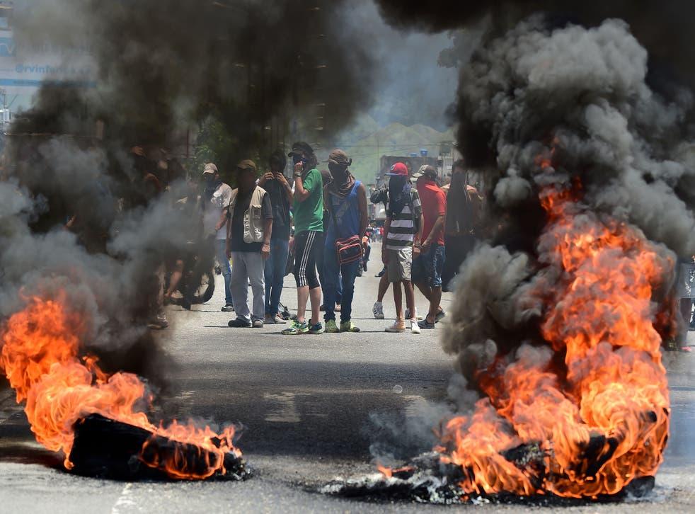 Anti-government protesters in Venezuela's third city, Valencia