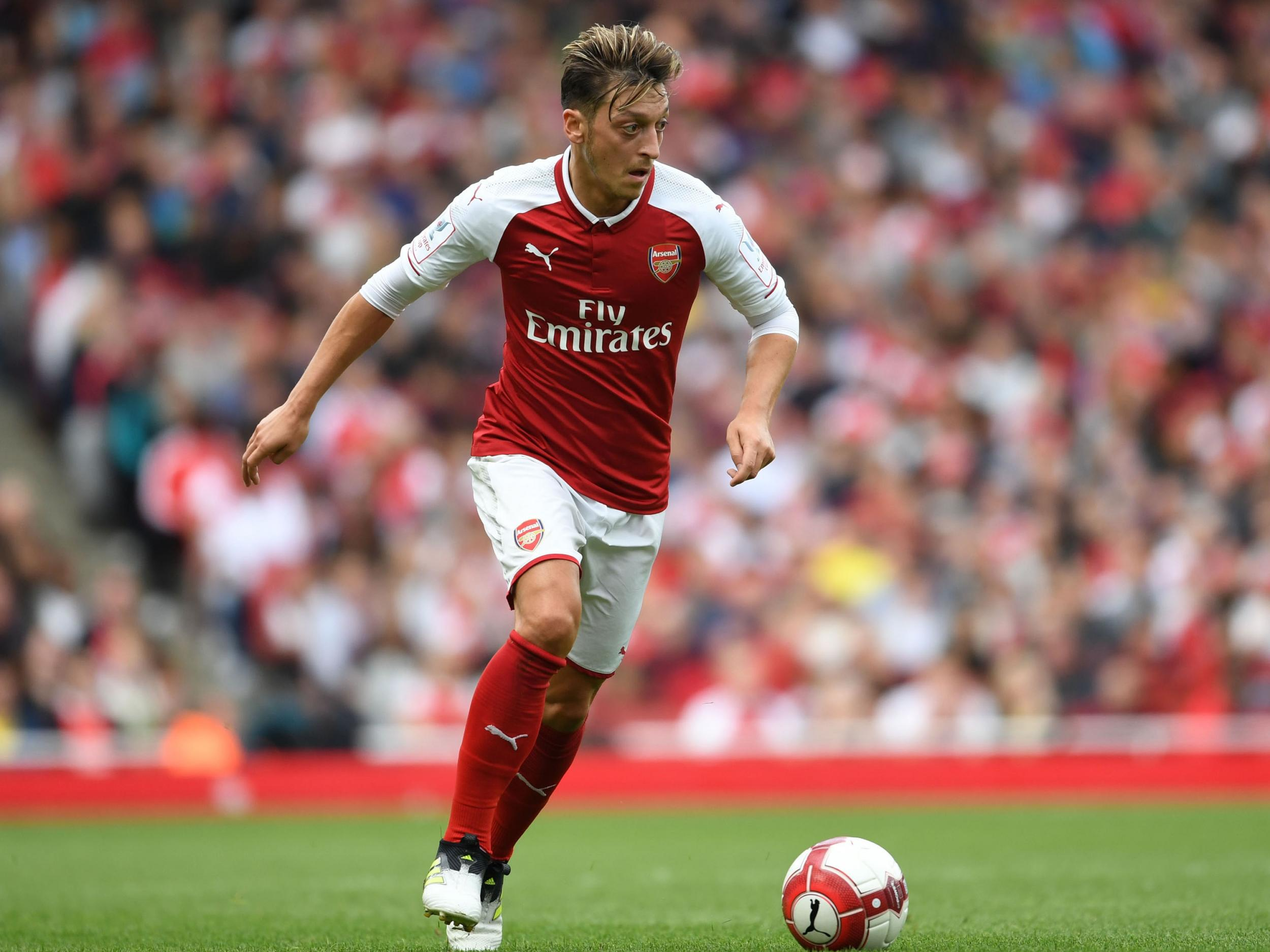 Arsene Wenger Aaron Ramsey and Mesut Ozil injury doubts for
