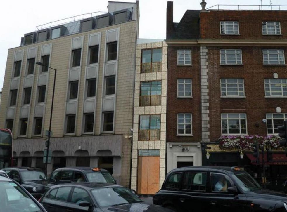 Plans for a house sandwiched in an alleyway in Fitzrovia have been given the green light