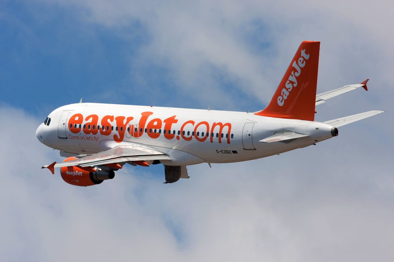 easyjet - photo #1