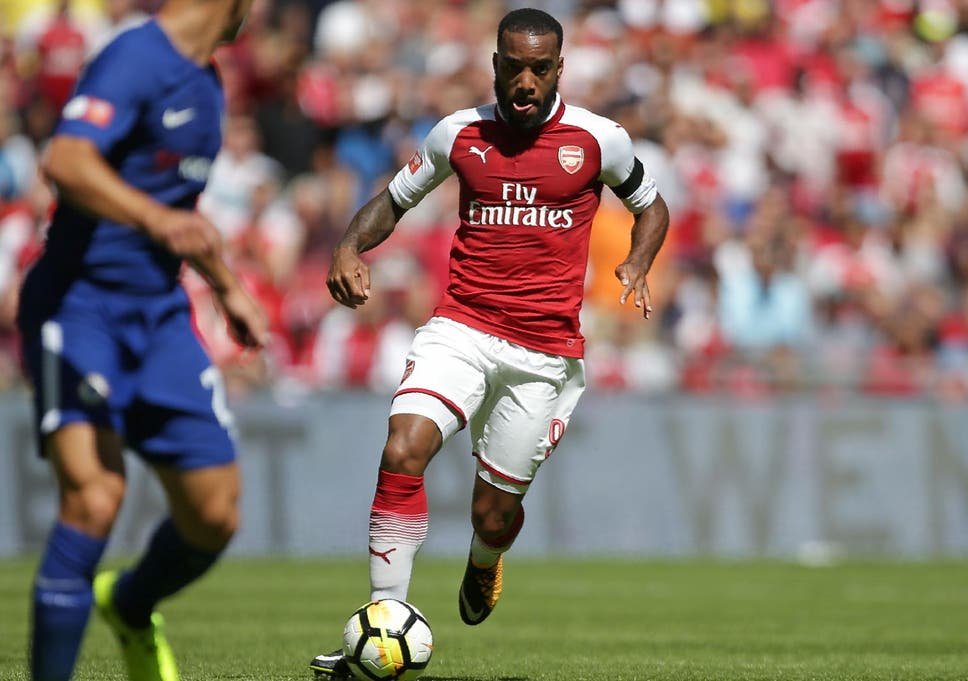 e4168bec288 Arsene Wenger challenges Arsenal new boy Alexandre Lacazette to ...