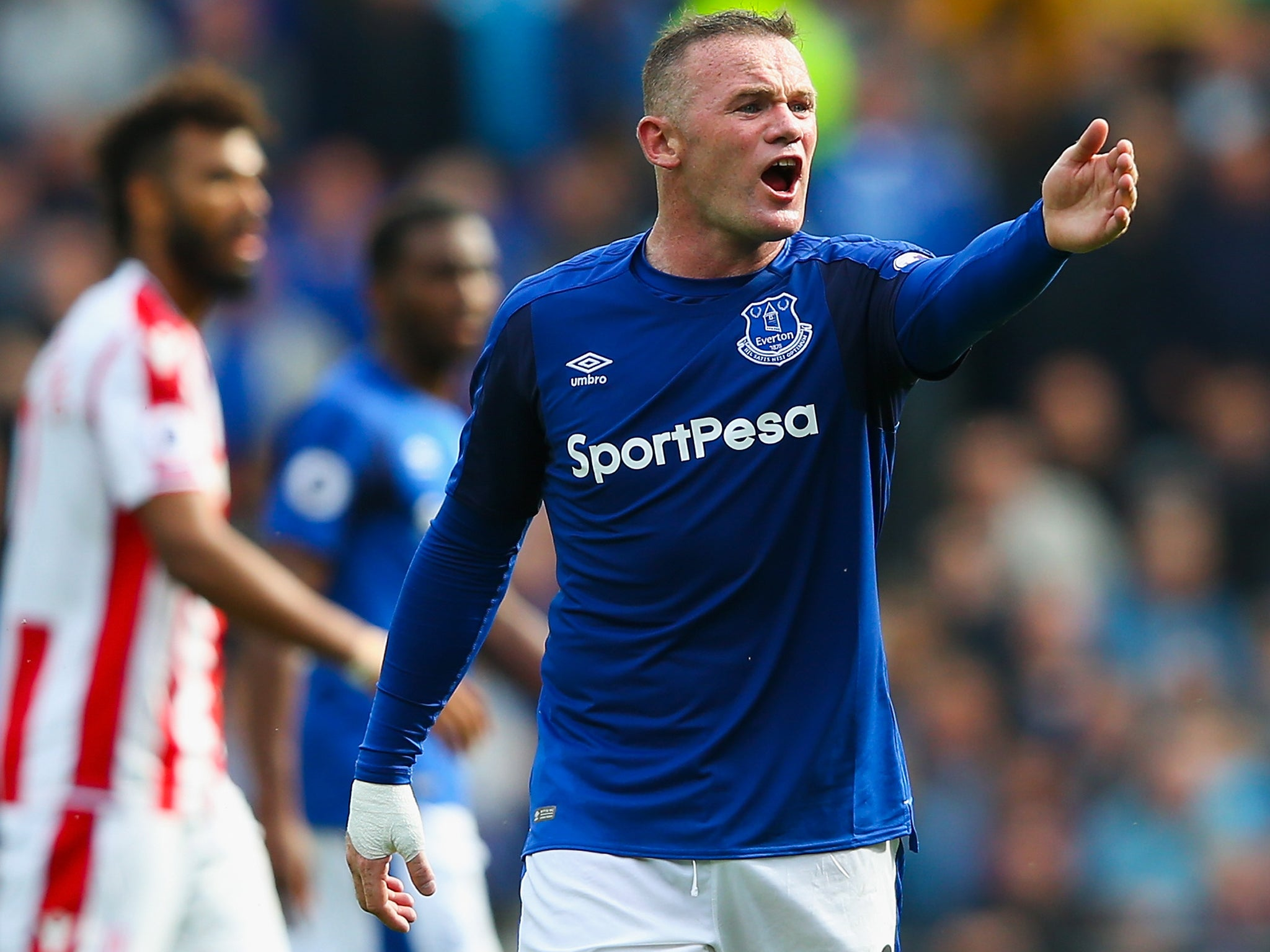 How gambling has replaced beer on Premier League shirts this season