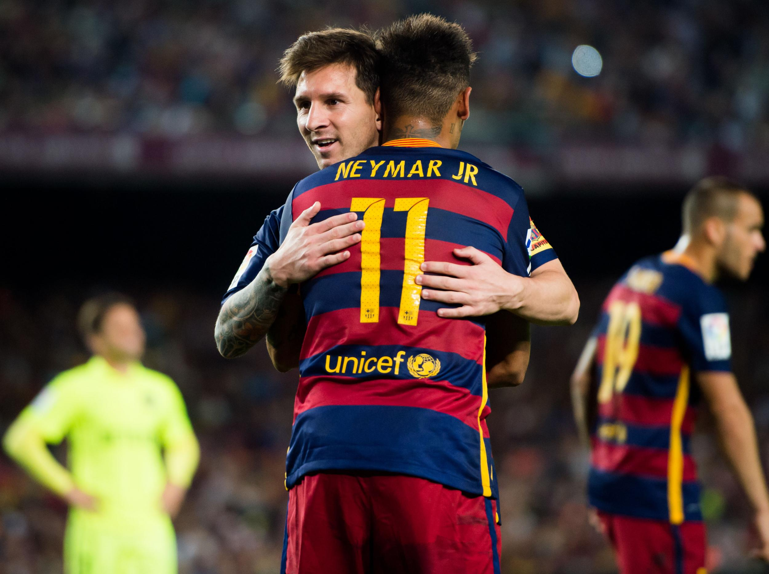 Lionel Messi's last-ditch attempt to stop Neymar's transfer from Barcelona to PSG revealed