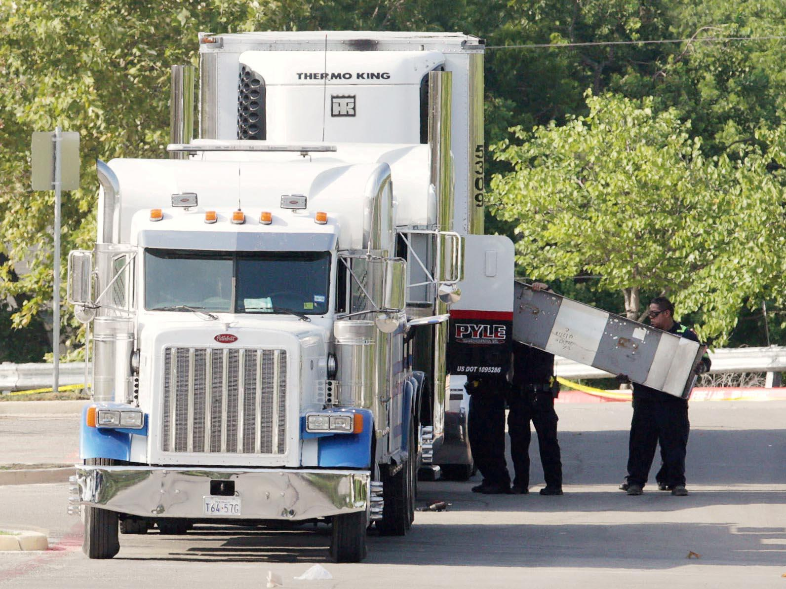 San Antonio Truck Deaths Lorry Driver Charged After 10