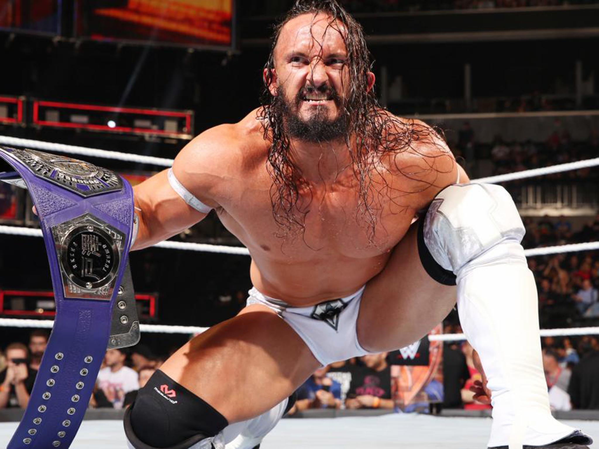 Neville DEF Akira Tozawa New WWE Cruiserweight Champion