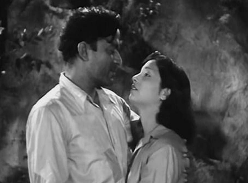 A scene from 1946 film 'The Immortal Tale of Dr Kotnis'