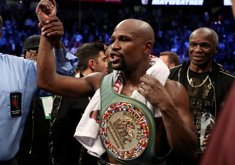 Floyd Mayweather defends Donald Trump's 'grab 'em by the p