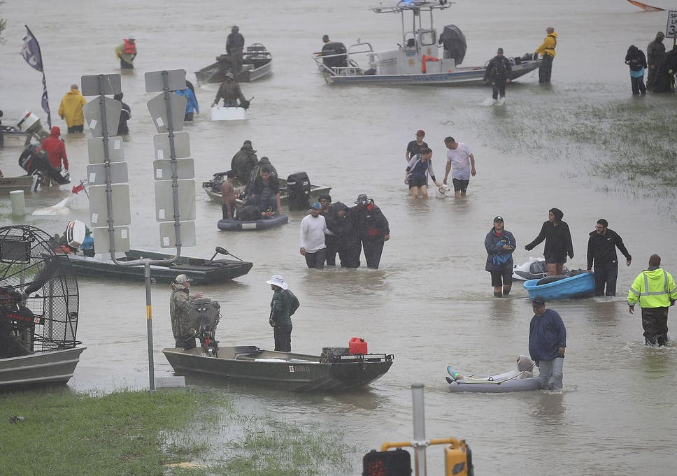 Hurricane Harvey: Donald Trump has not accepted Mexico's