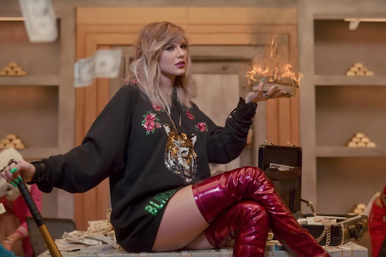 Taylor Swift Films New Music Video In North London Kebab Shop To Show People She Is Just A Normal Girl The Independent The Independent