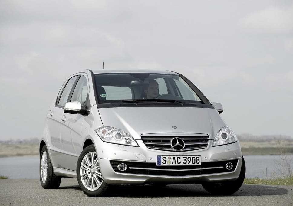 Mercedes-Benz recalls 400,000 cars over airbag fault | The Independent