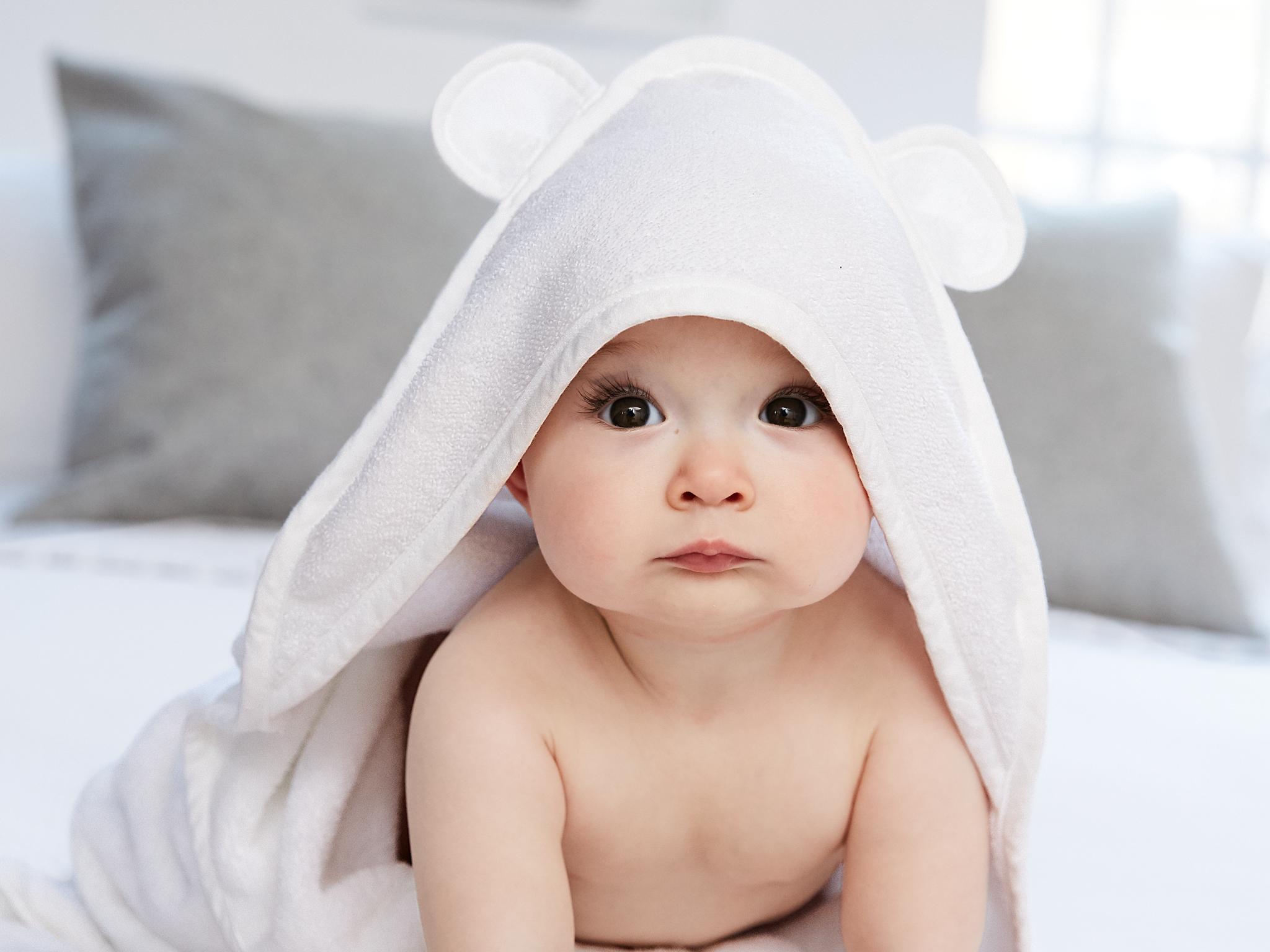 Organic Bamboo Hooded Baby Towel - Soft, Hooded Bath...