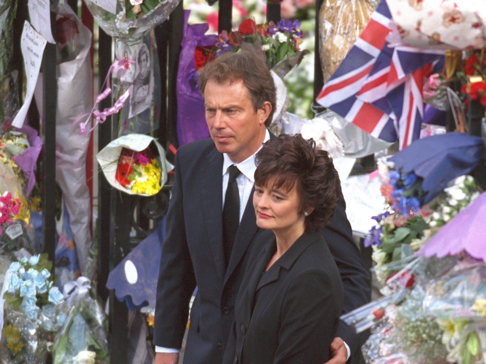 Tony Blair Didnt Save The Royal Family After Princess Dianas Death
