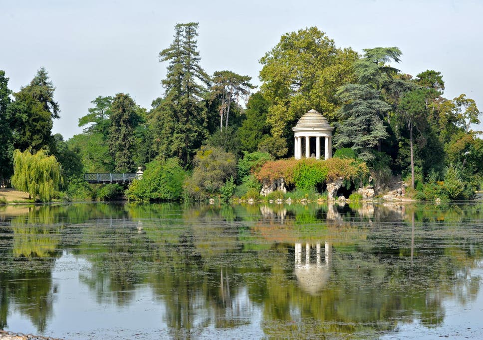 jardin porte de vincennes The Bois de Vincennes is the largest public park in the city