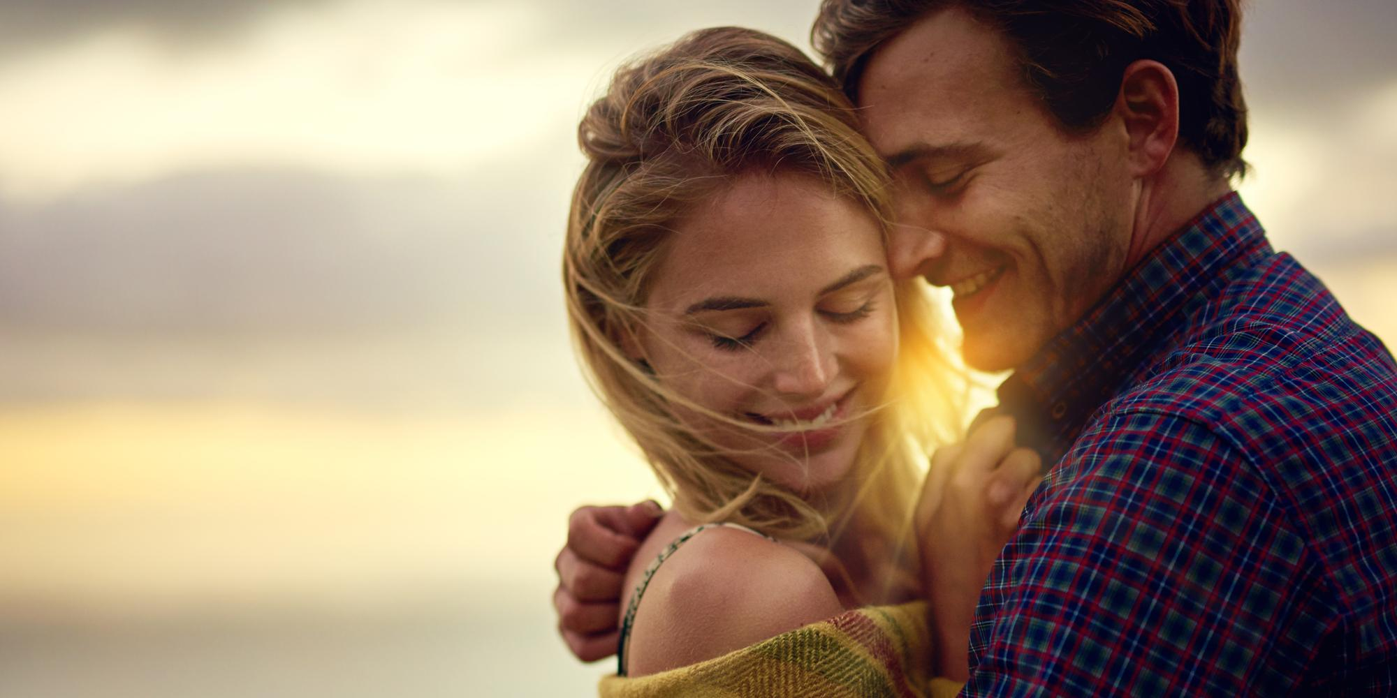 If a woman has these 14 qualities never let her go, scientists say