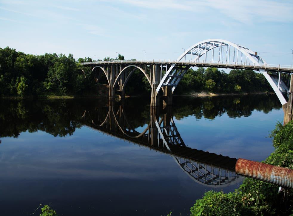 The Edmund Winston Pettus Bridge is located to the east of Selma