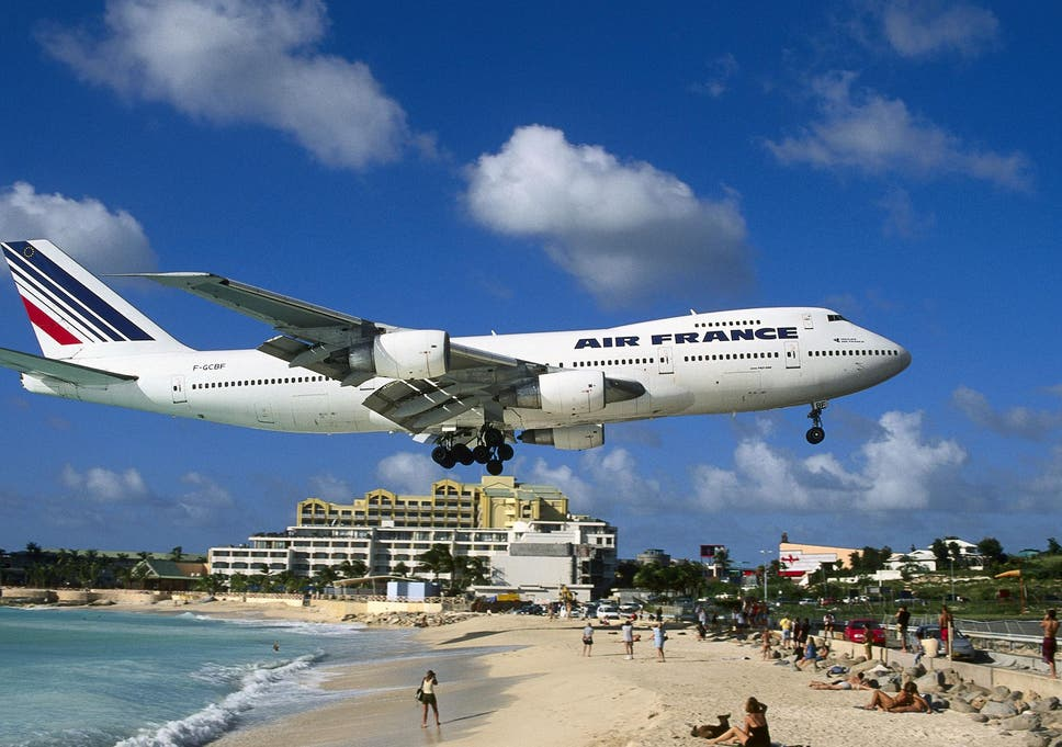 Princess Juliana International Airport Is Famed For Planes Flying Over Beach Goers Heads As