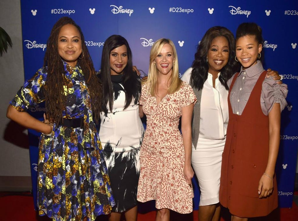 Reese Witherspoon Reveals How Mindy Kaling Helped Her Understand Her Own White Privilege The Independent The Independent
