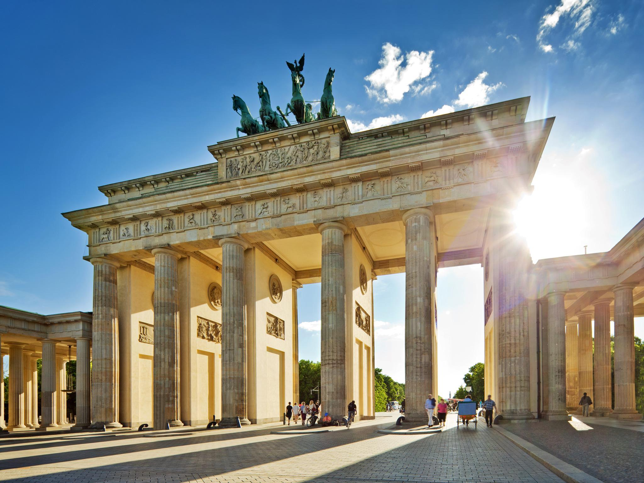 Popular sights of Berlin: we form an interesting route 95