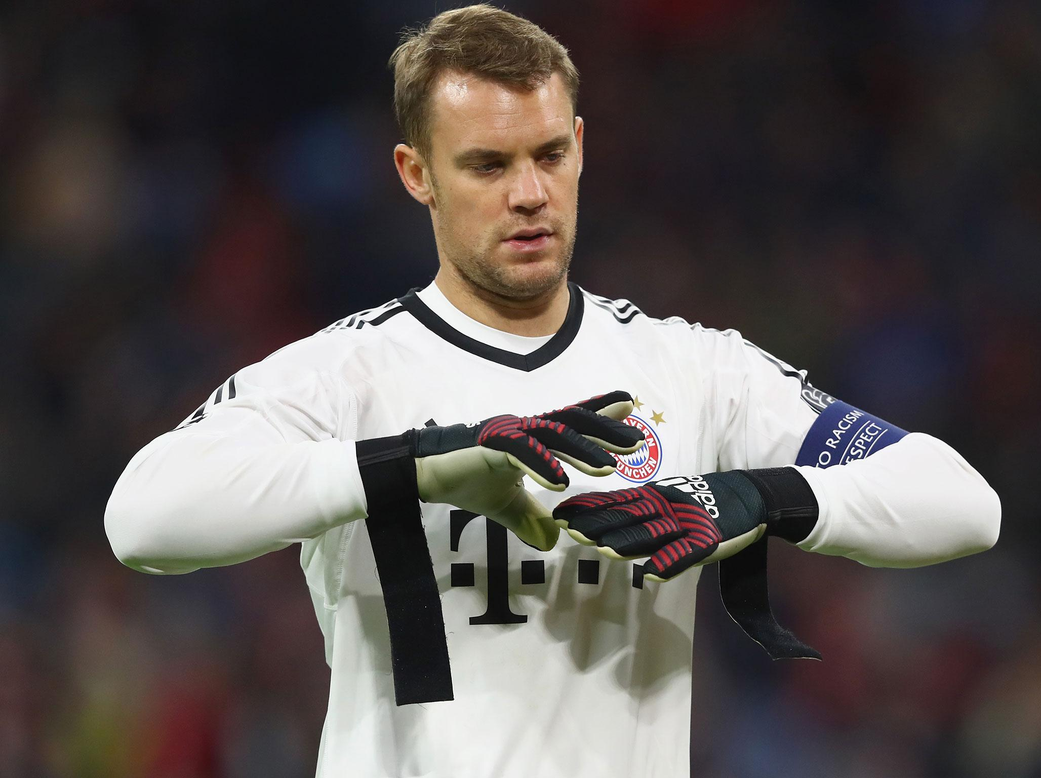 Bayern Munich s Manuel Neuer ruled out until 2018 after surgery on