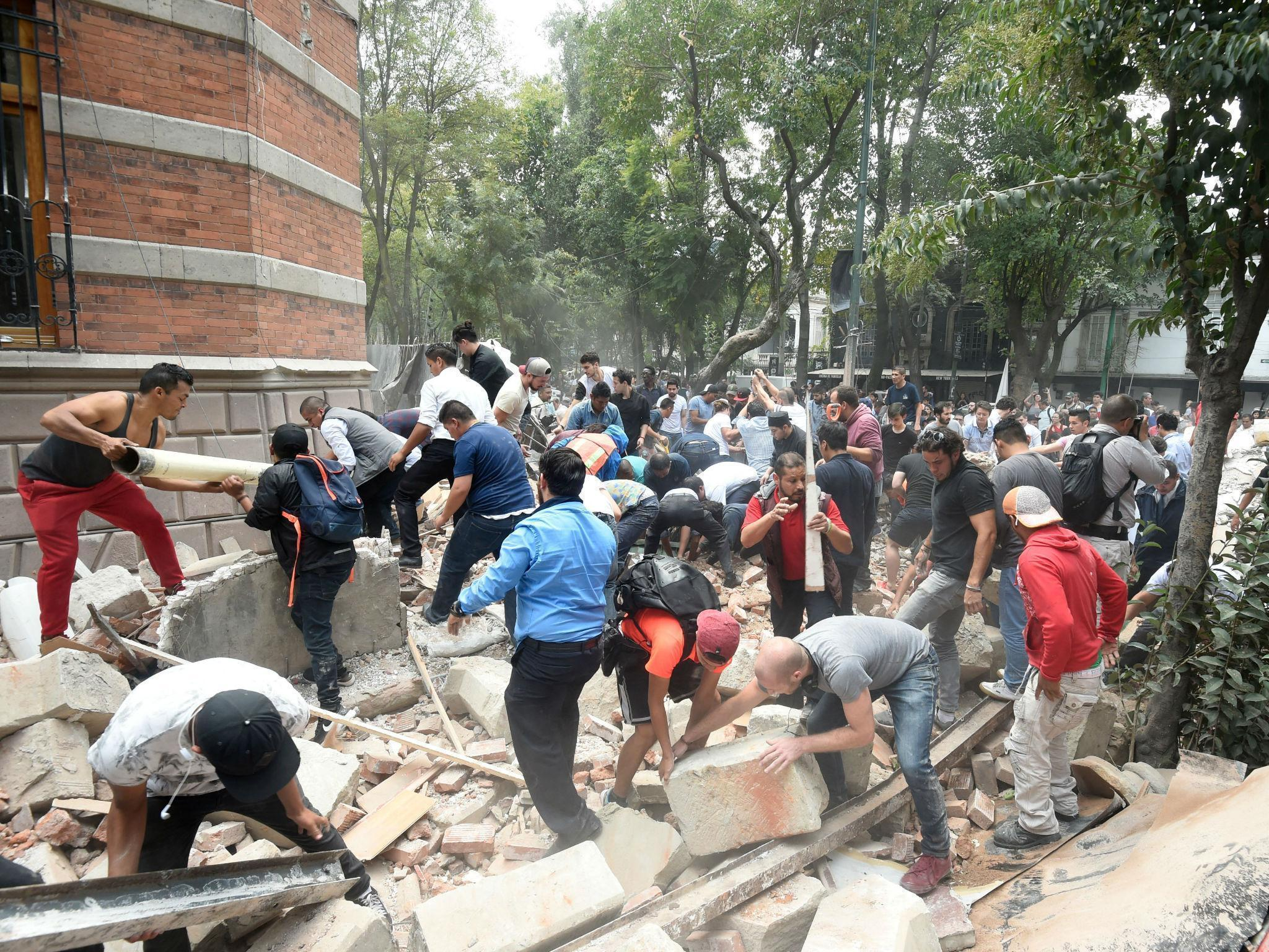 An earthquake in Mexico City has caused buildings to collapse. Get the latest live updates here