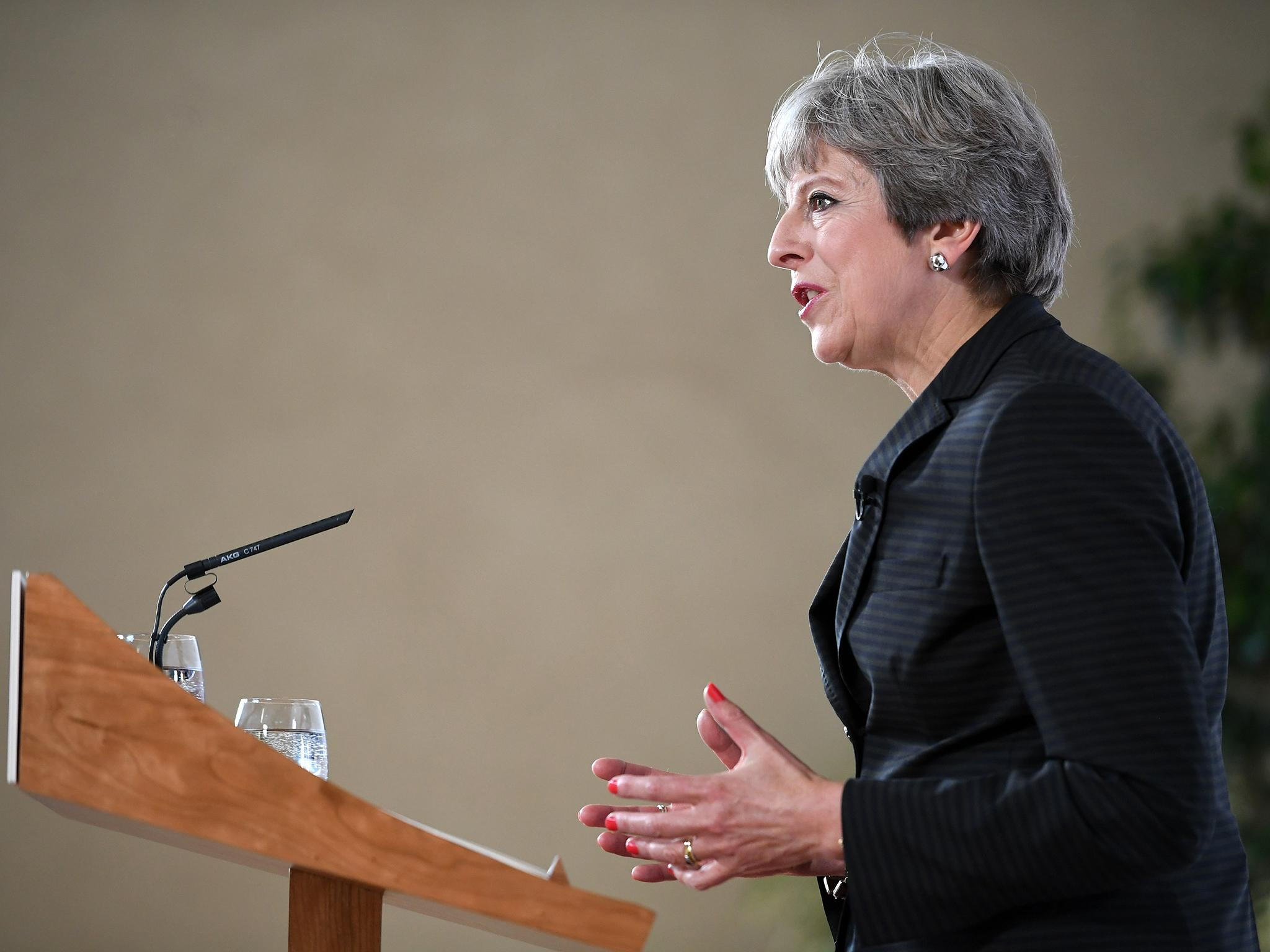 Brexit: Theresa May unveils plans for Britain to stay in single market five years after it voted Leave