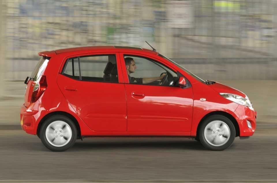 City Cars Fiat 500 V Hyundai I10 V Kia Picanto The Independent