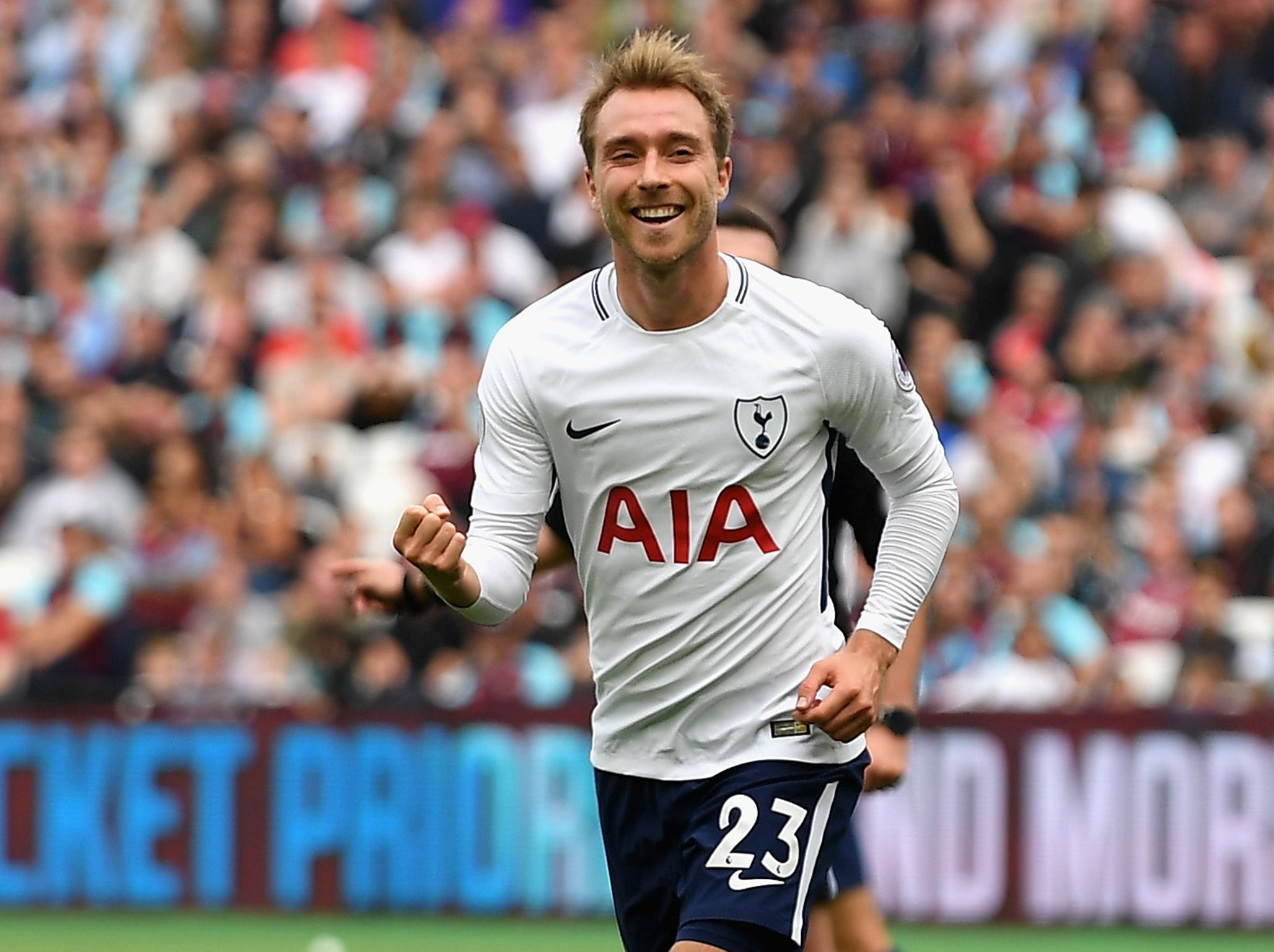 Christian Eriksen happy to move Nicklas Bendtner to the side after