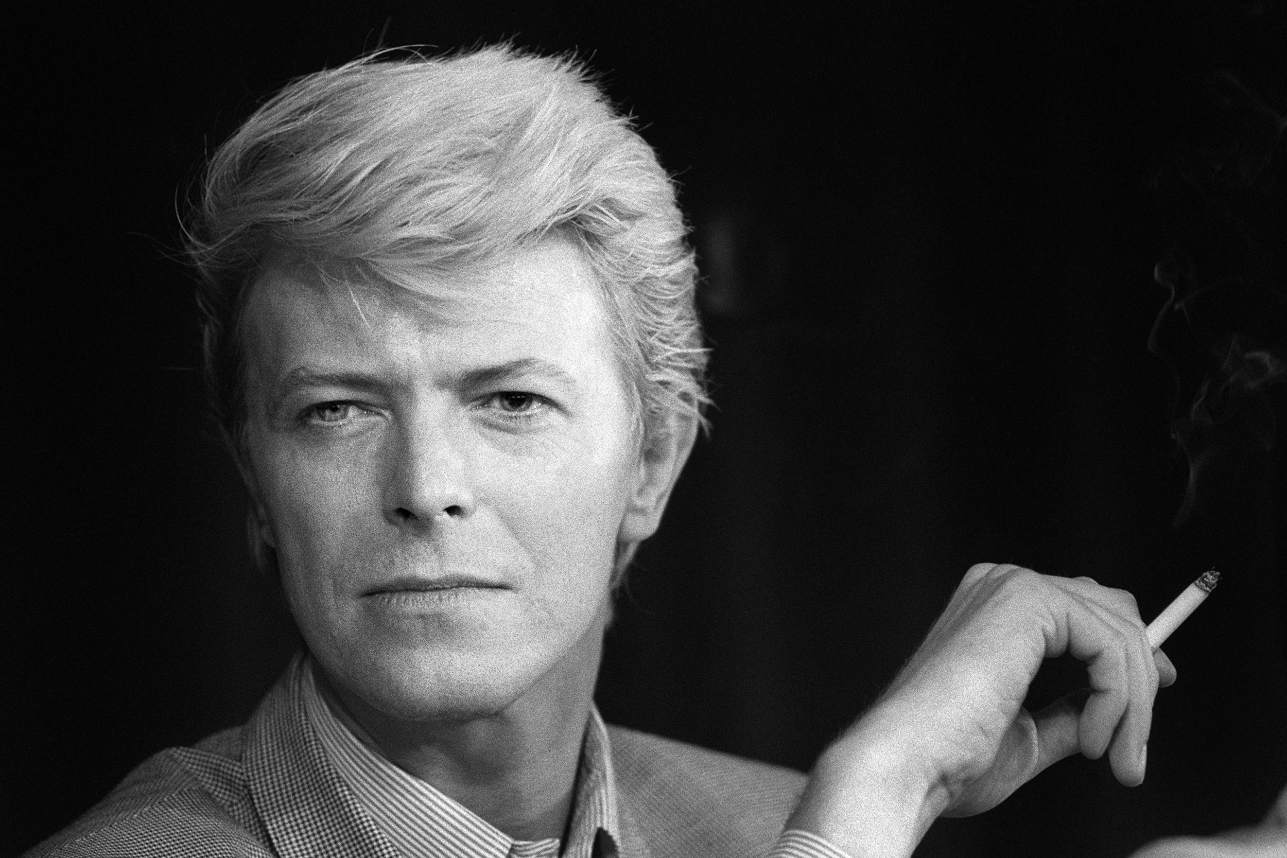 This anecdote about David Bowie and Roger Moore's short-lived friendship is incredible