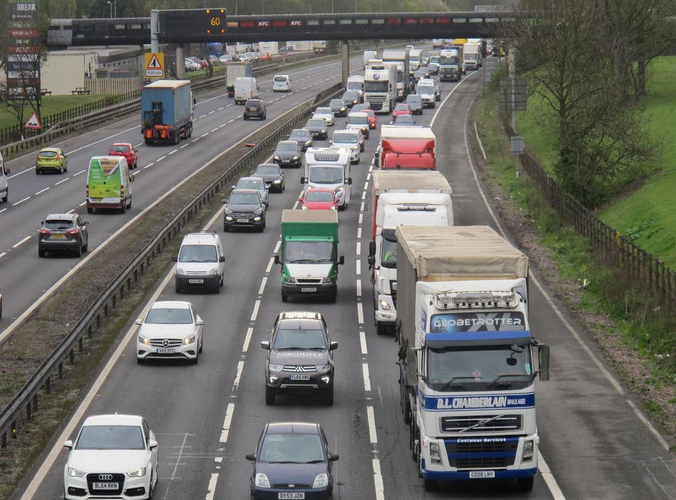 Motorists are warned to look for tell-tale signs of a 'crash for cash' scam
