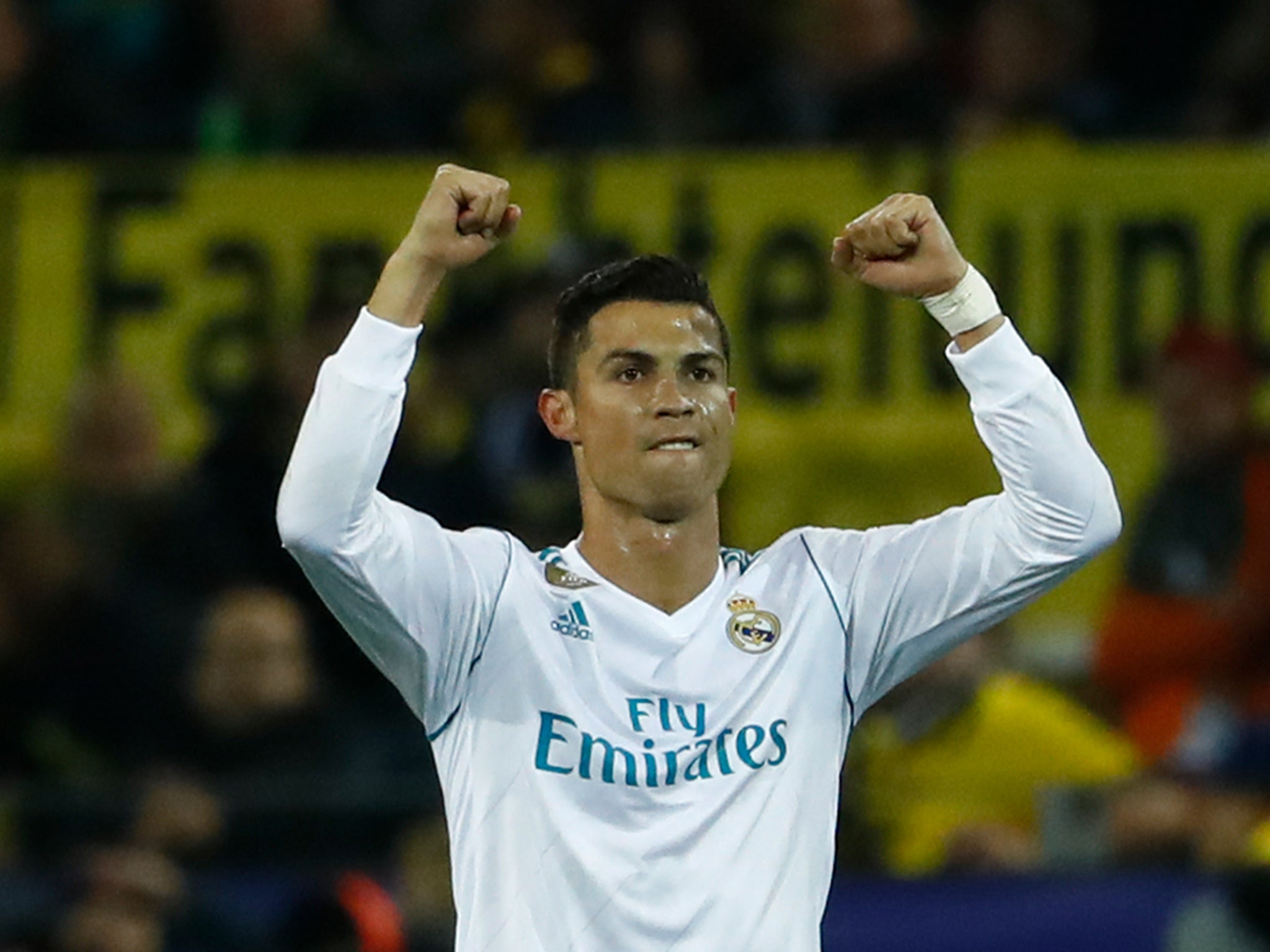 Cristiano Ronaldo raises £600 000 for Make A Wish Foundation by