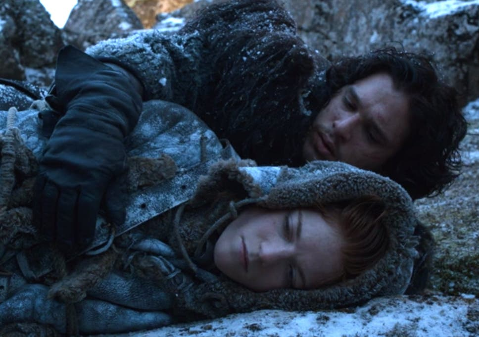 15 Best Game Of Thrones Moments Between Newly Engaged Kit