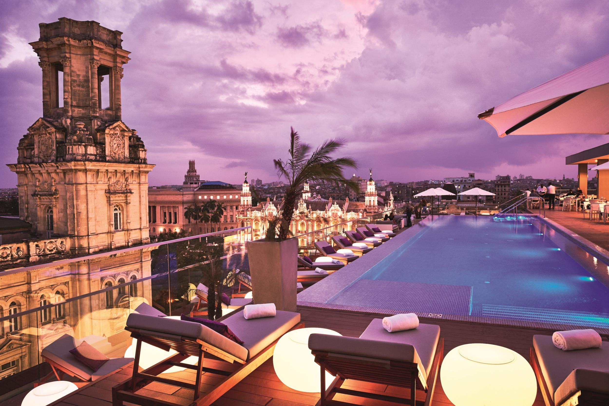 Gran hotel manzana kempinski review the five star resort for 5 star cuban hotels