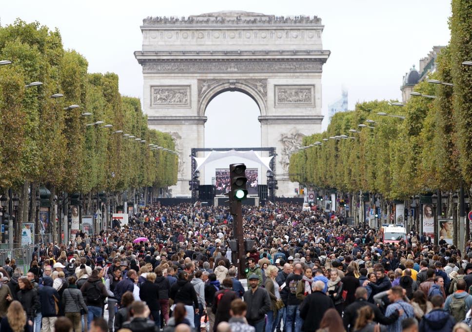 Paris bans cars for a day in bid to tackle pollution | The Independent