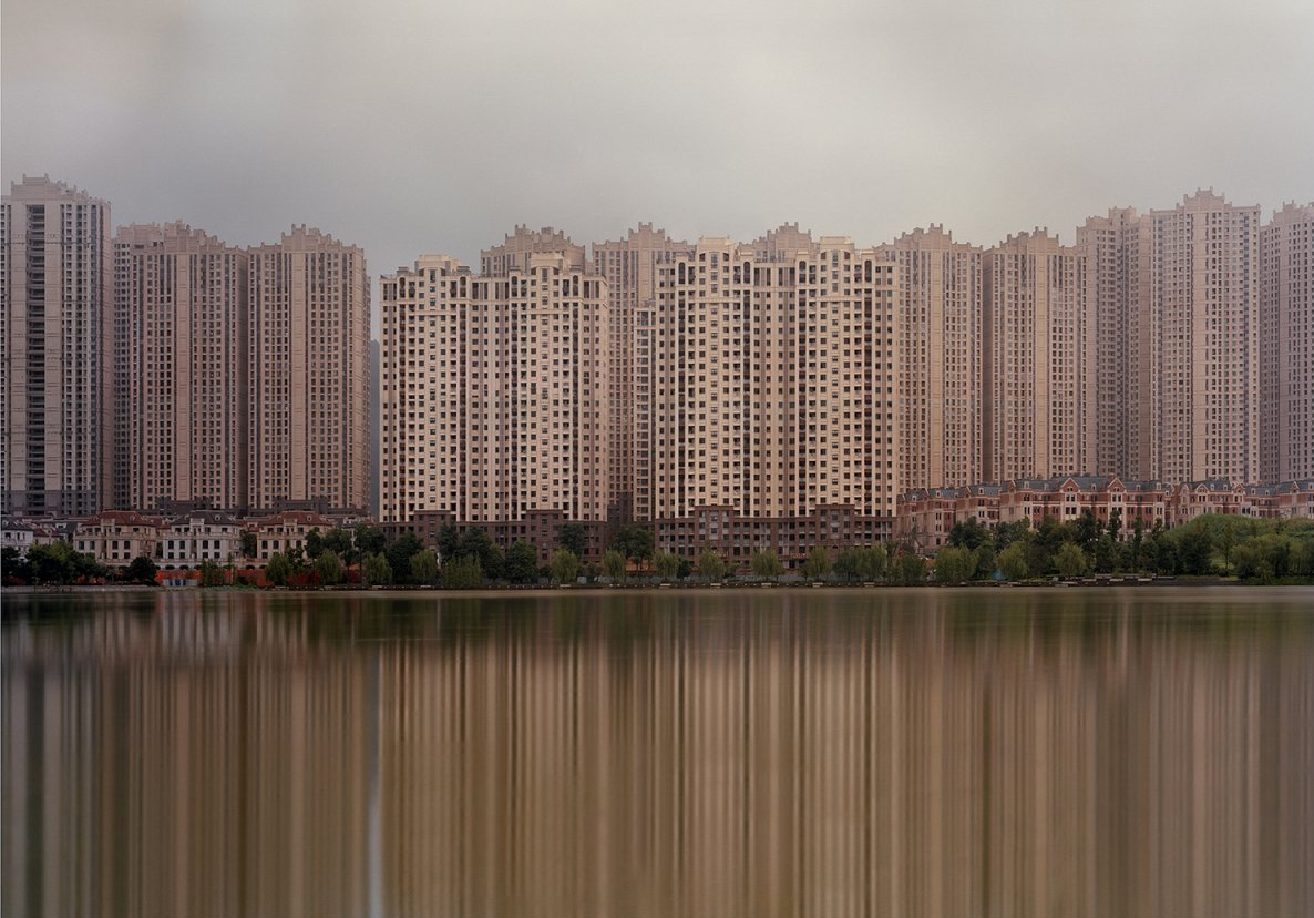 12 eerie photos of enormous Chinese cities completely empty of people