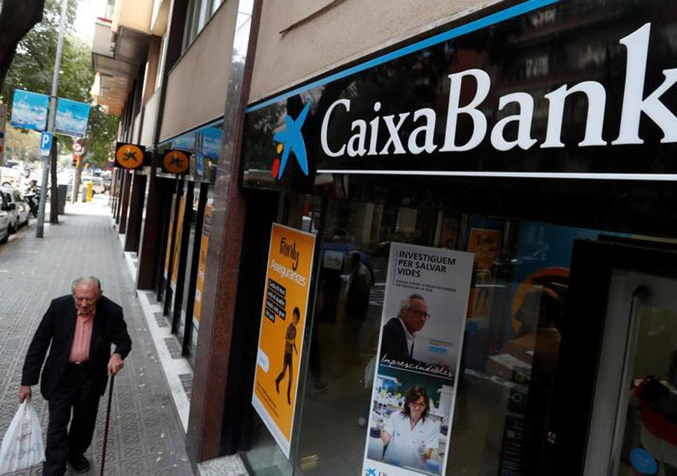 Catalonia: Spain passes law to help businesses move out of