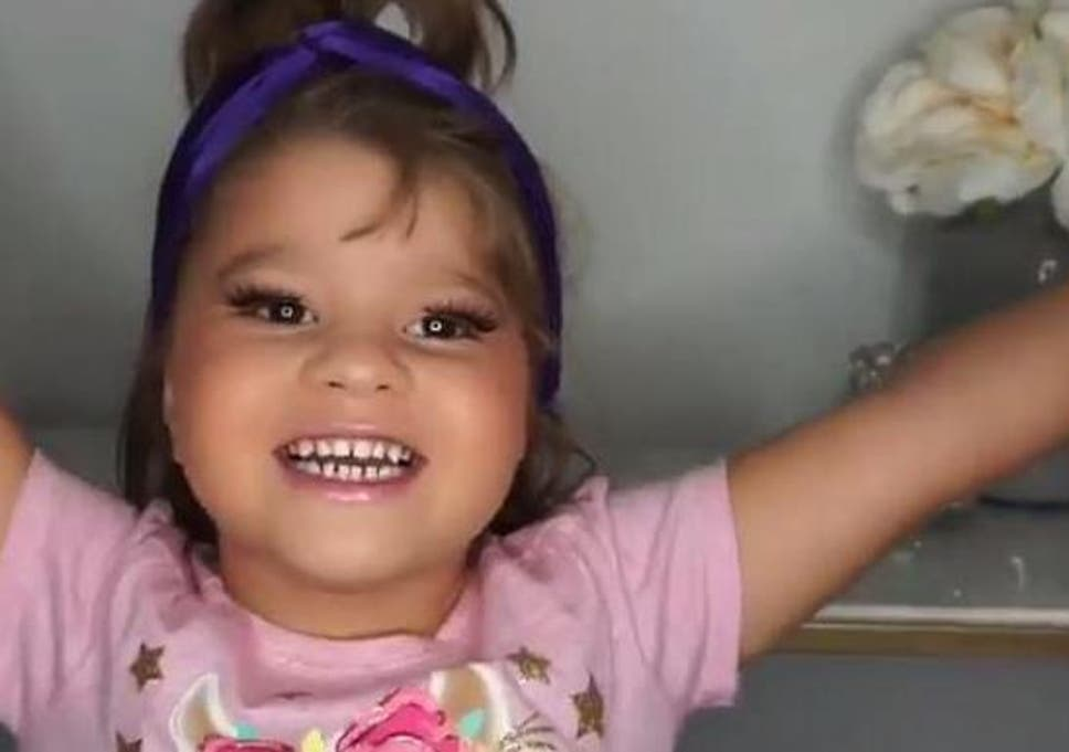 Toddler's Instagram make-up tutorial viewed more than