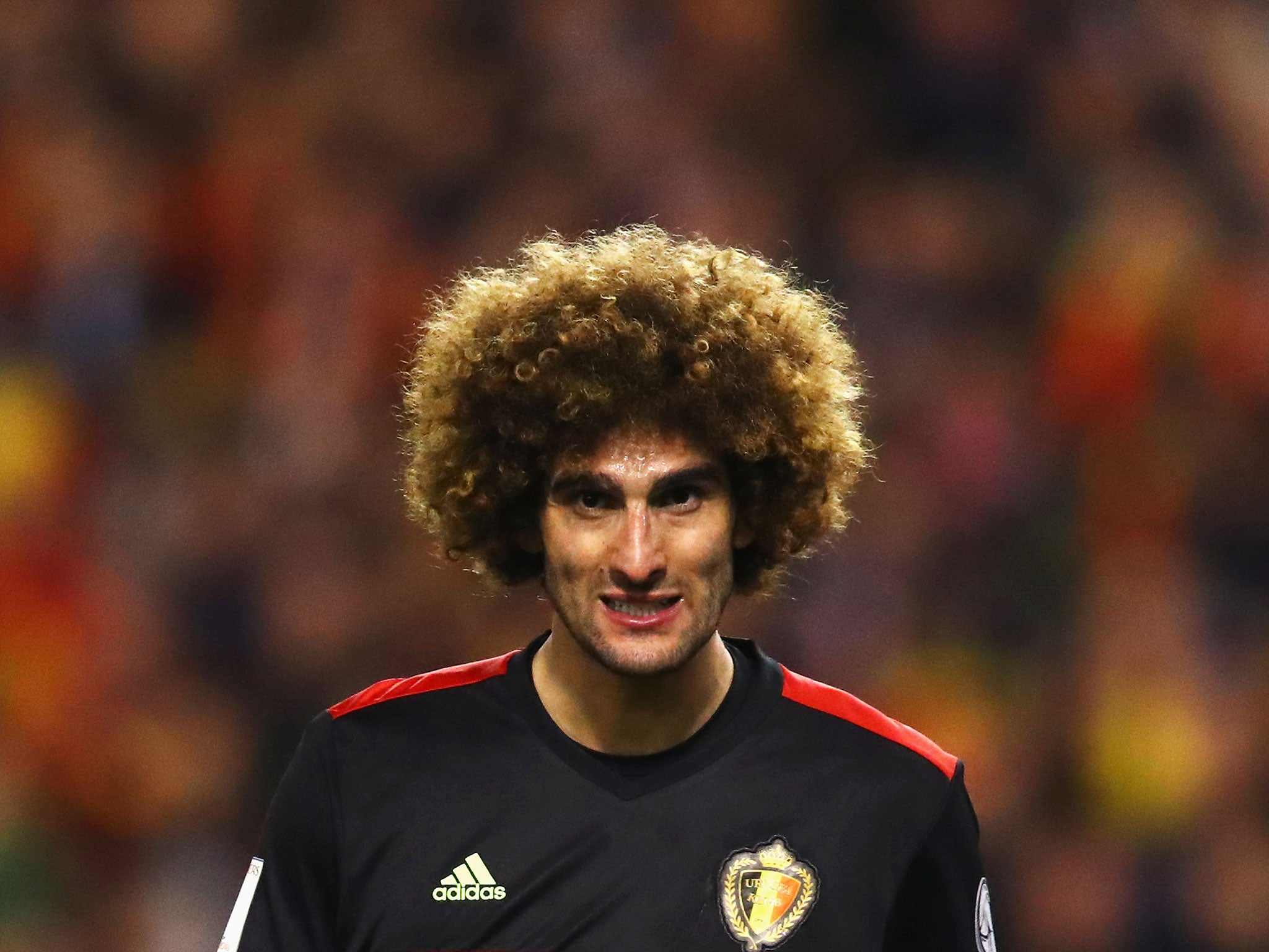 Manchester United sweating over Marouane Fellaini after midfielder