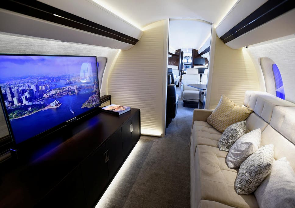 Inside The Worldu0027s Largest Private Jet