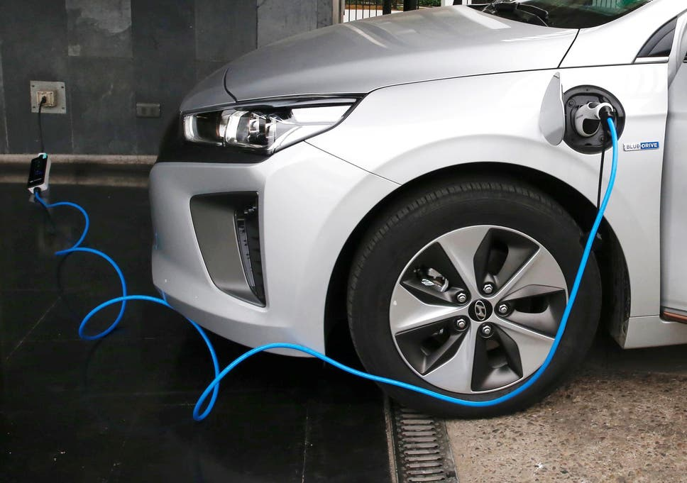 German Carmakers Team Up To Launch Pan European Electric Car