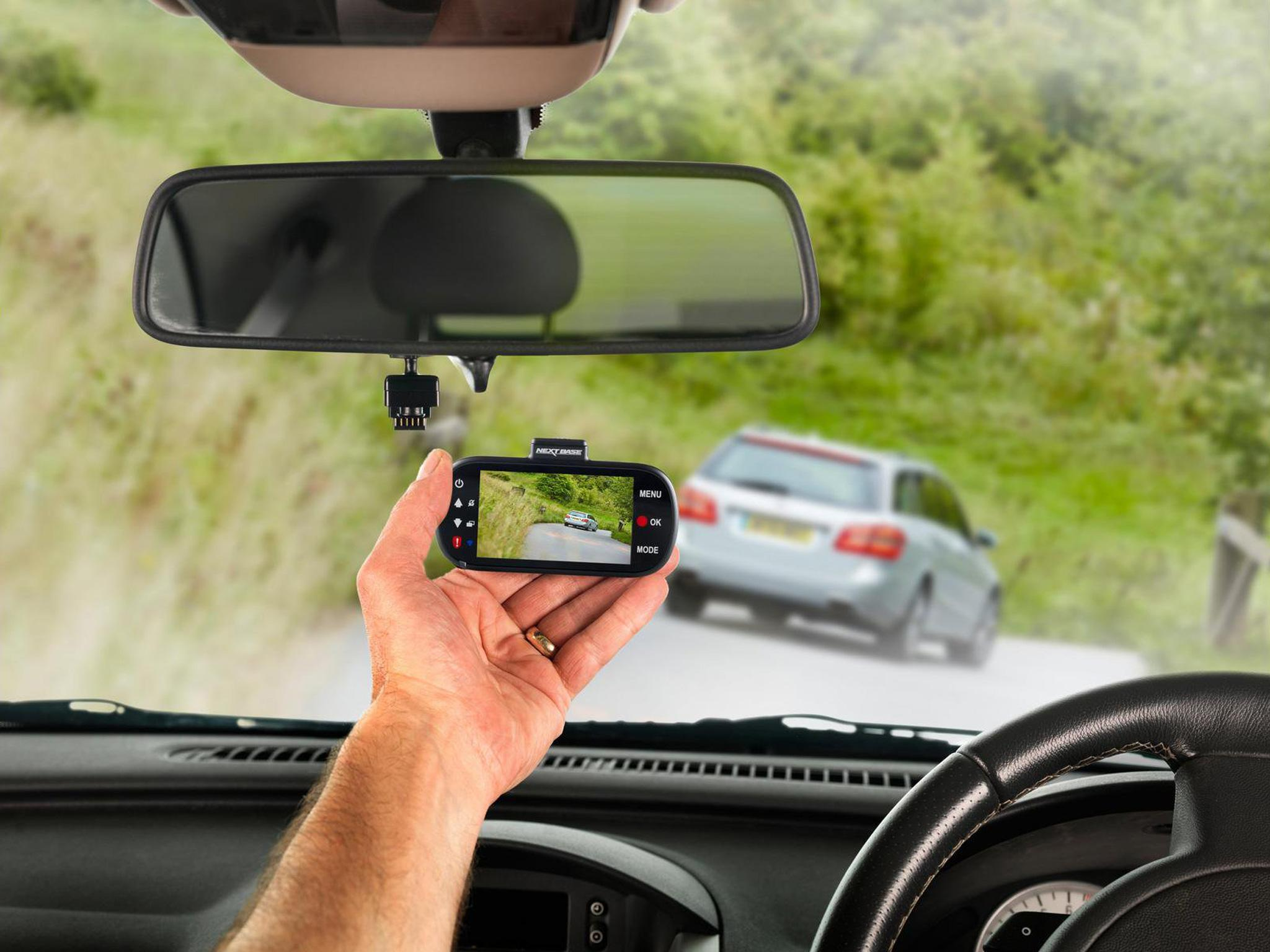 9 Best Car Dash Cams The Independent Amp Wiring Kit Halfords