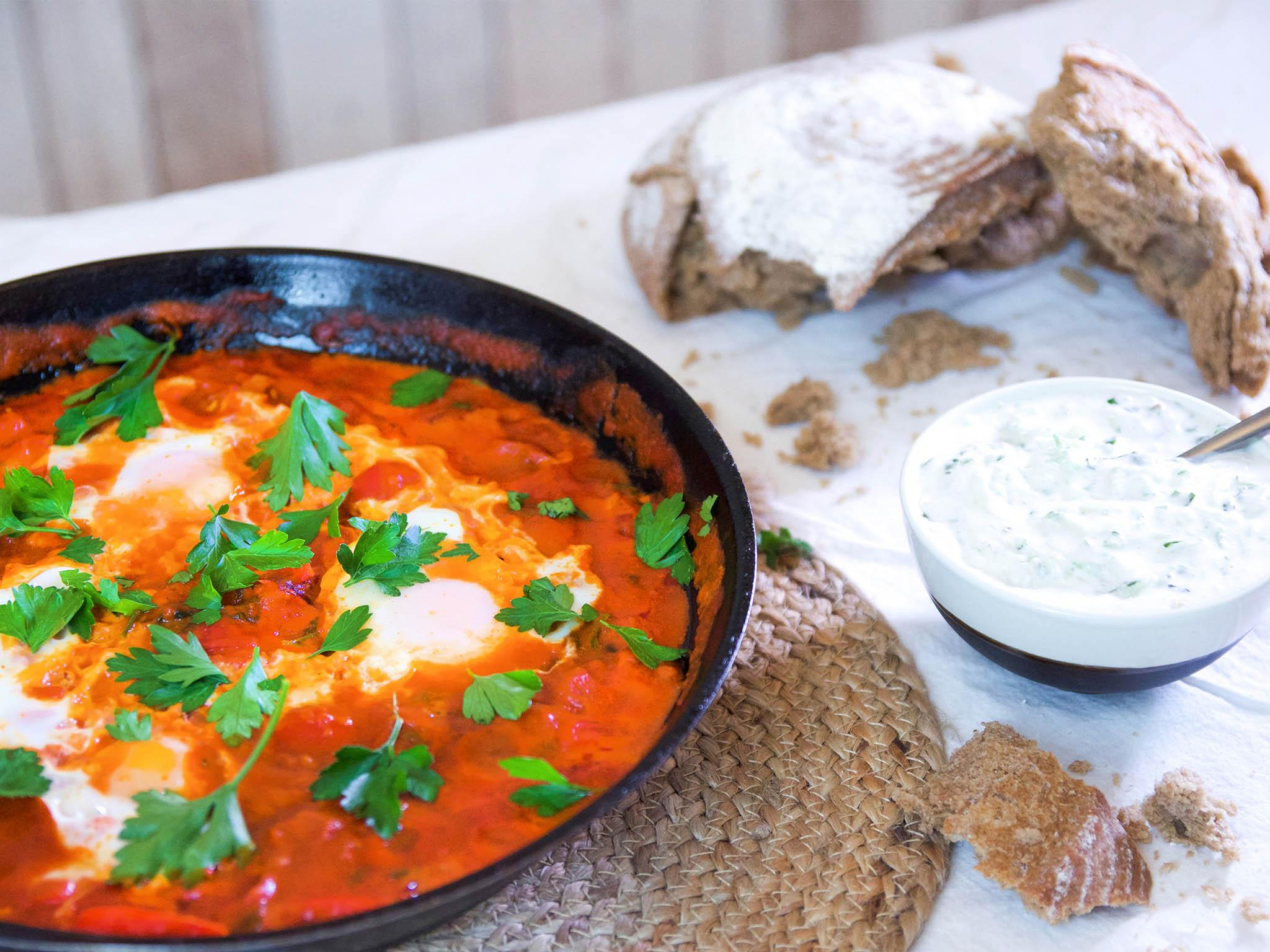 How to make shakshuka with cucumber and lemon dip