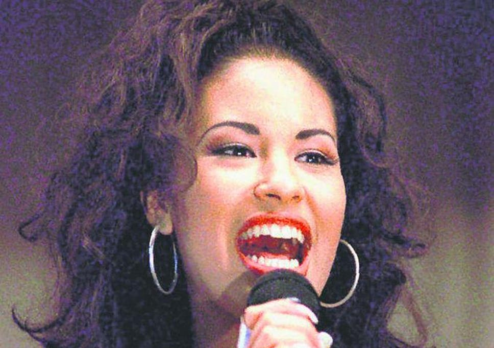 Selena Quintanilla Five Things You Didnt Know About The Queen Of
