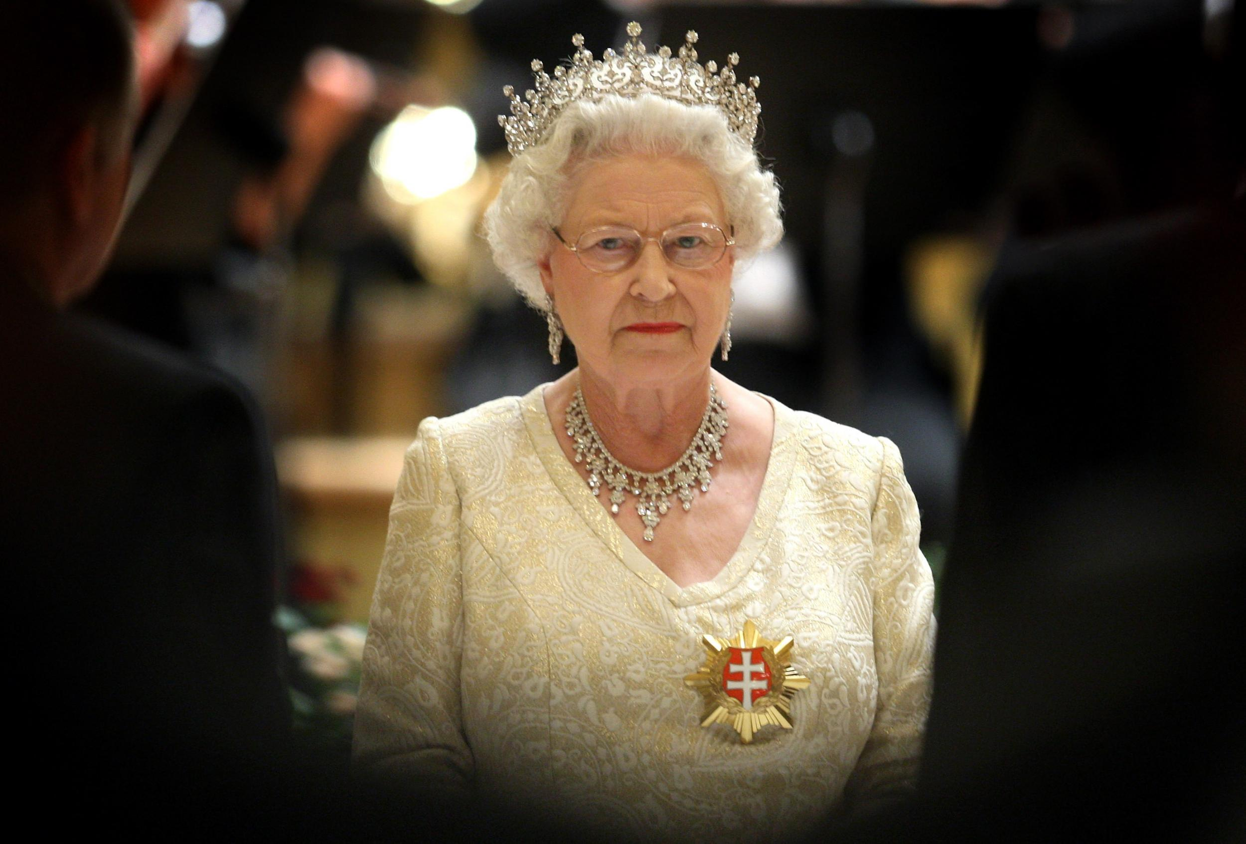 Paradise Papers: Tax haven secrets of super-rich including the Queen exposed