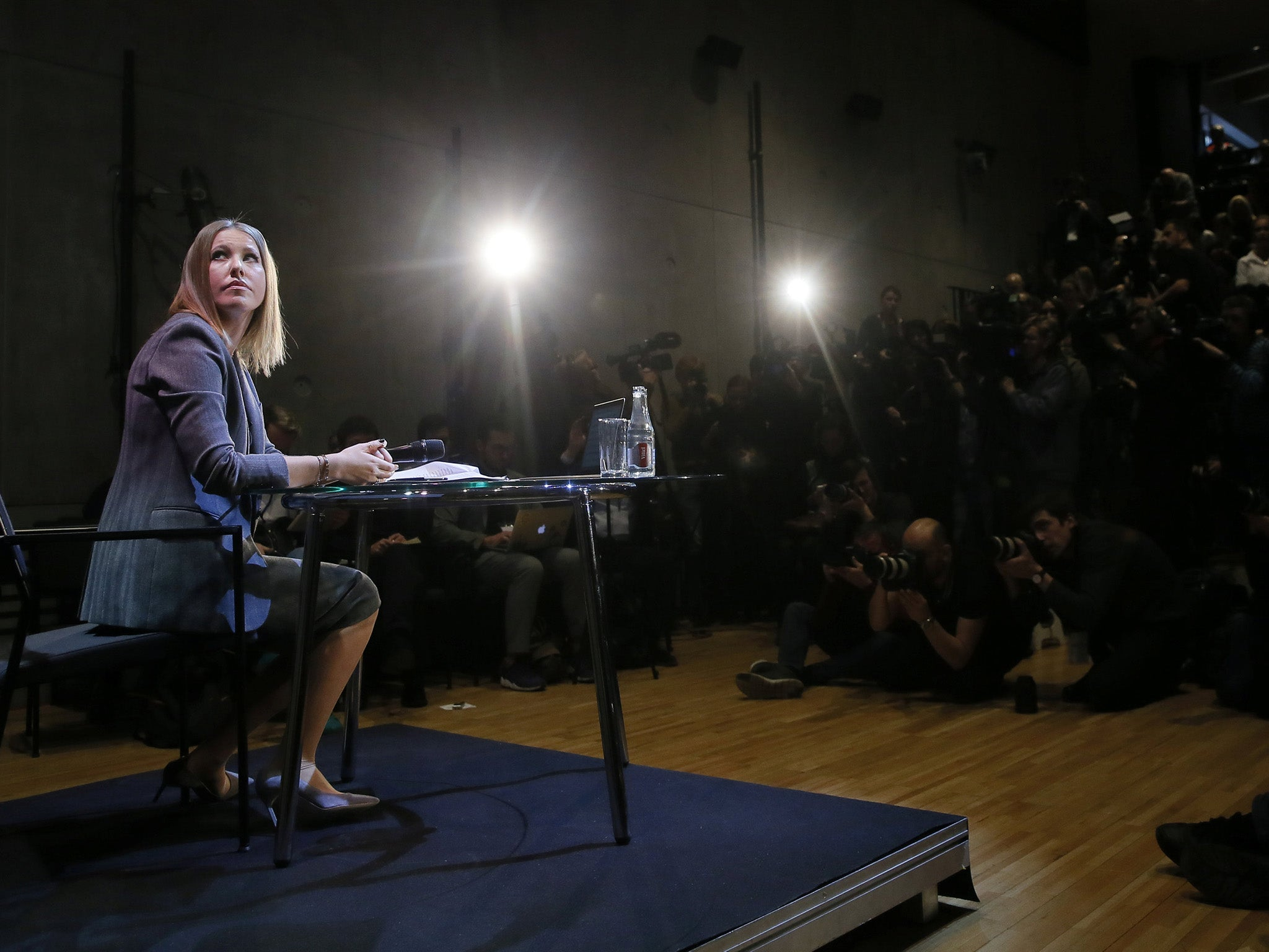 Ksenia Sobchak showed the button of life and the intimate triangle 07.07.2011 1
